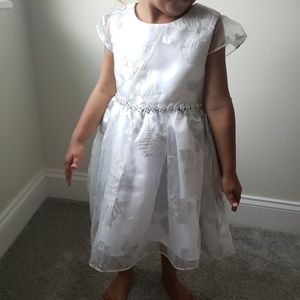 Rare Editions Dresses - Toddler gown dress